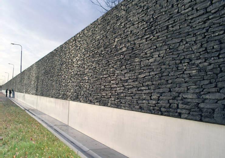 Geluidswerende voorziening langs de A18 bij Doetinchem.:   door Buro Topia stads- en landschapsontwerp