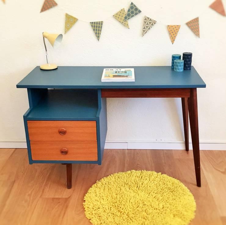 Basile, le bureau retro des 60's: Bureau de style  par Chouette Fabrique