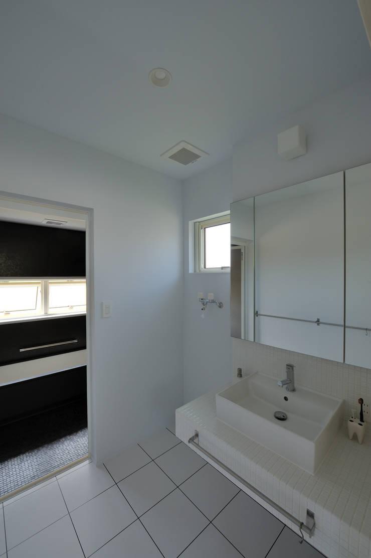 1+n: 加藤一成建築設計事務所が手掛けた浴室です。,