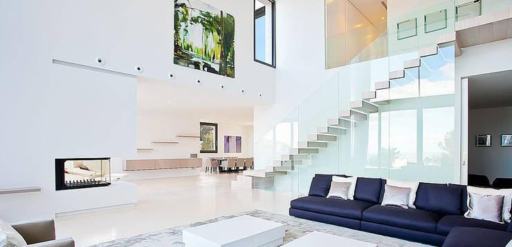 Casa Bünguens Interior 3: Salones de estilo  de CONCEPTO PROYECTOS DE ARQUITECTURA