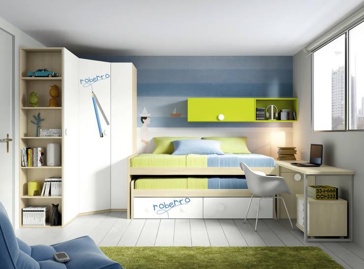 Cama compacto con armario: Habitaciones infantiles de estilo  de Muebles y Decoración Marisa Cardona