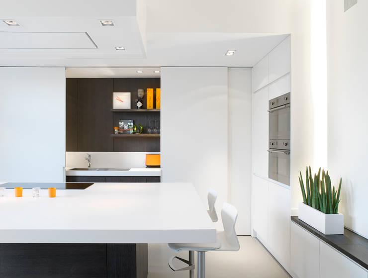 Cocinas de estilo  por ligne V