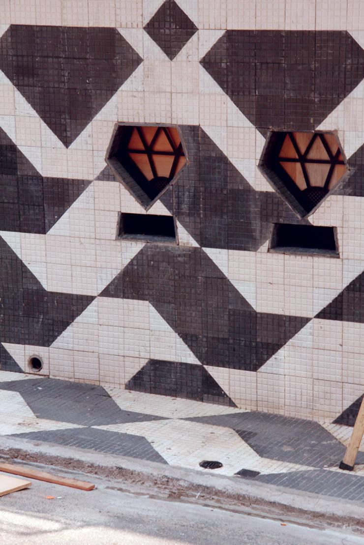 Cine Jóia: Centros de congressos  por MM18 Arquitetura