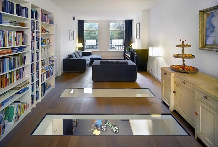 Sarphatipark te Amsterdam: moderne Huizen door Architectenbureau Vroom