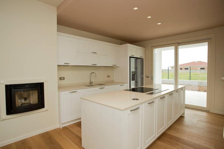 Kitchen by HP Interior srl