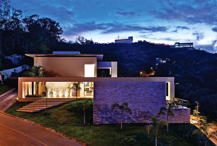 Projekty,  Domy zaprojektowane przez João Carlos Moreira Filho & Maria Thereza Terence