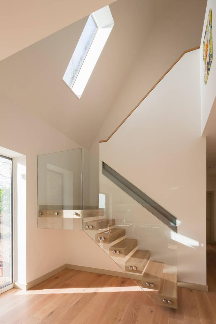 Broadmere:  Corridor & hallway by Adrian James Architects