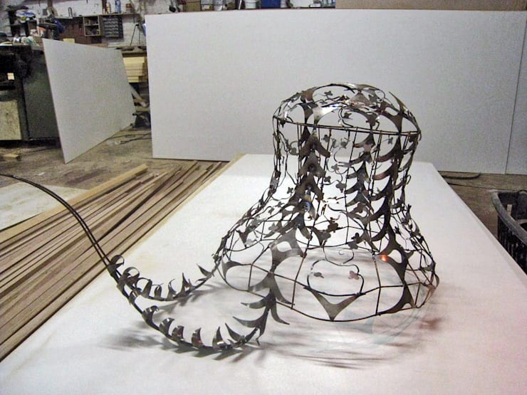 Luminiares: Chambre de style  par Association Atelier Toupie