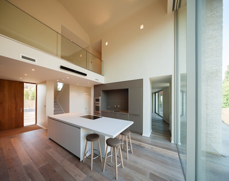 The Laurels:  Kitchen by Adrian James Architects