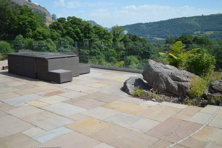 Natural Indian Stone Paving:  Terrace by Unique Landscapes