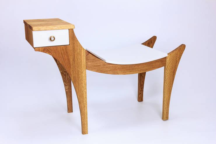"""Ławka """"Gryf """": styl , w kategorii Korytarz, hol i schody zaprojektowany przez Meble Autorskie Jurkowski"""