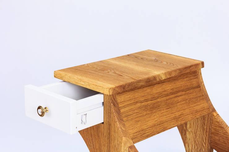 """Ławka """"Gryf """": styl , w kategorii Salon zaprojektowany przez Meble Autorskie Jurkowski,"""