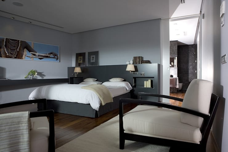 Dormitorio con toques étnicos: Dormitorios de estilo  de Laura Yerpes Estudio de Interiorismo