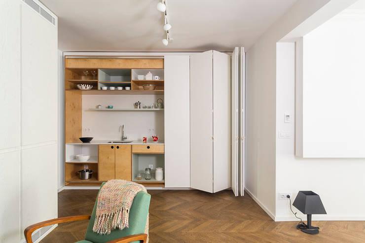 Apartment v01: modern Kitchen by dontDIY