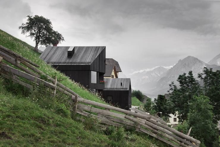 CHALET - LAPEDEVILLA:  Häuser von PEDEVILLA ARCHITECTS