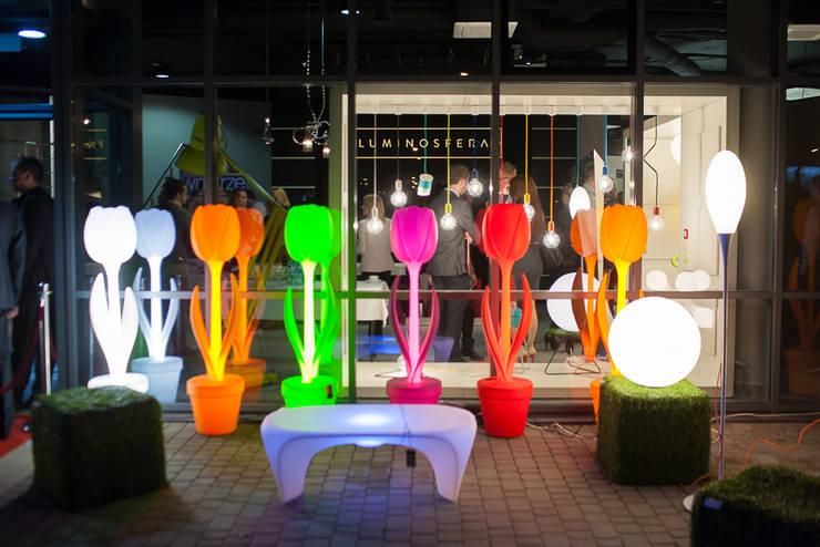 salon LUMINOSFERA: styl , w kategorii Balkon, weranda i taras zaprojektowany przez Luminosfera