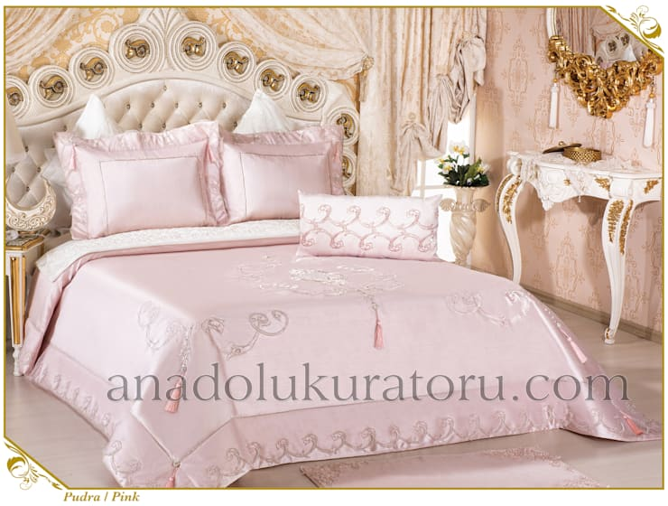 Dormitorios de estilo  por ANADOLU KÜRATÖRÜ DIŞ TİC. A.Ş.,