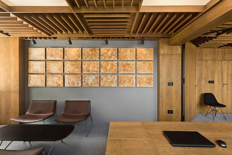 Edificios de Oficinas de estilo  por dontDIY