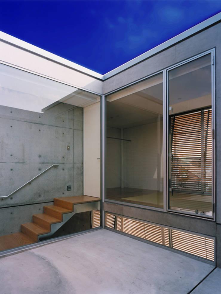 courtyard: 平沼孝啓建築研究所 (Kohki Hiranuma Architect & Associates)が手掛けたです。