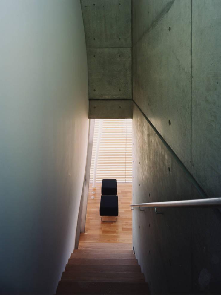 stairway: 平沼孝啓建築研究所 (Kohki Hiranuma Architect & Associates)が手掛けたです。