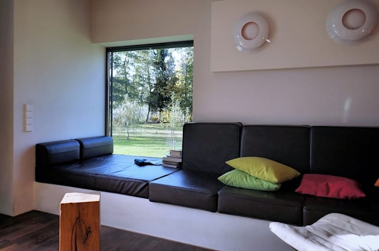 Salas / recibidores de estilo  por Architekten Lenzstrasse Dreizehn