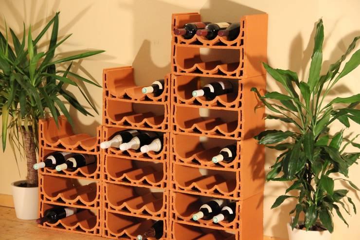 Rimini Baustoffe GmbH: akdeniz tarzı tarz Şarap Mahzeni