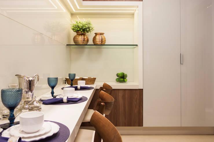 Ap PCL: Cozinhas  por Calli Arquitetura