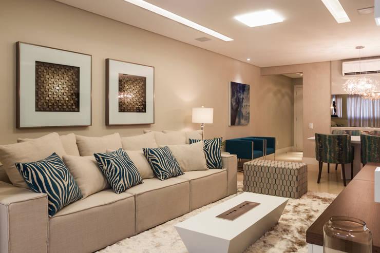 Ap PCL Salas de estar modernas por Calli Arquitetura Moderno