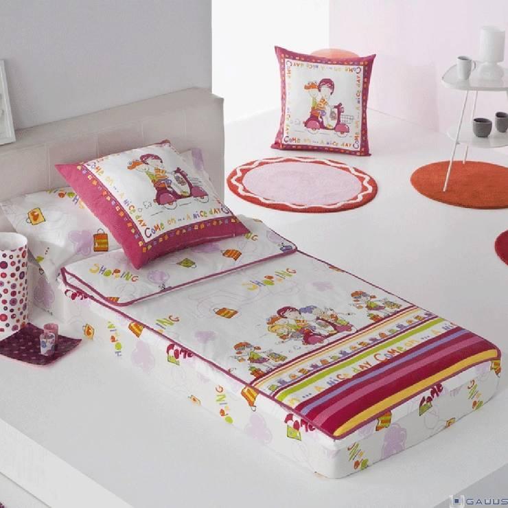 Saco Nórdico Infantil Cremallera SHOPPING JVR: Dormitorios de estilo  de Gauus.es