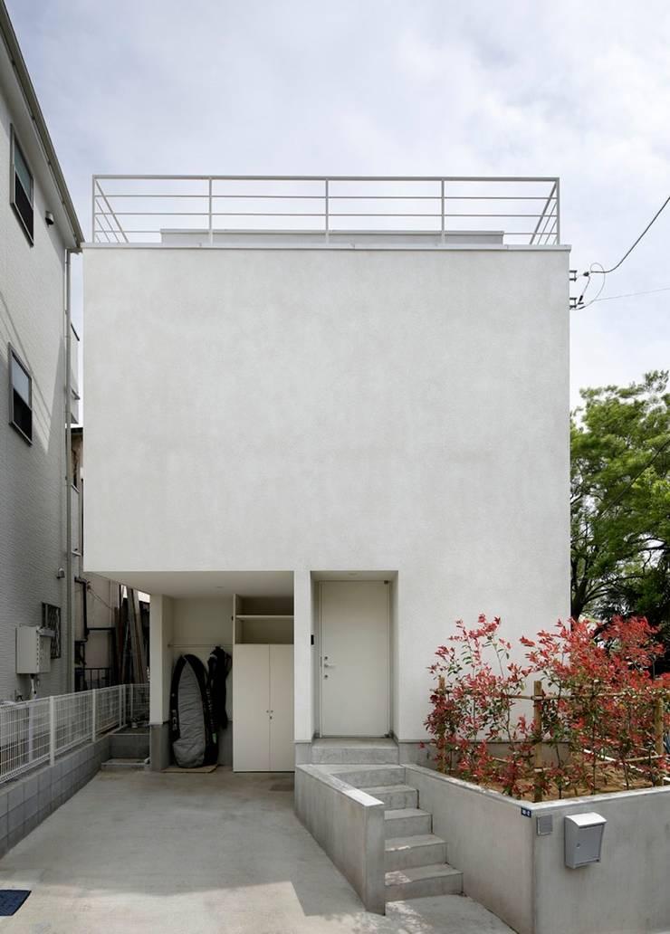 横浜の小住宅: hiroshiが手掛けた家です。