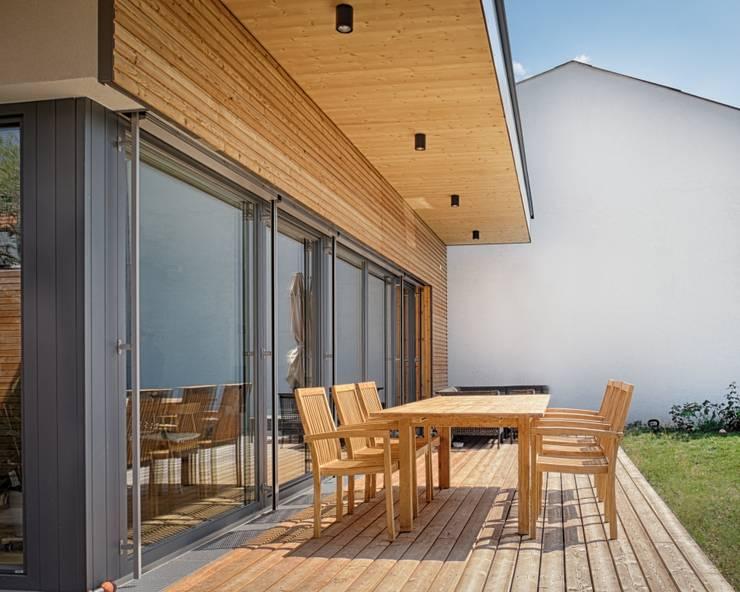 Patios & Decks by AL ARCHITEKT - Architekten in Wien