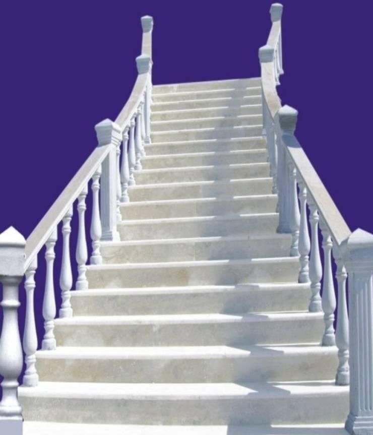 Corridor, hallway & stairs theo BAHÇE DEKOR Beton Bahçe Elemanları ve Gıda San. Tic. Ltd. Şti.,