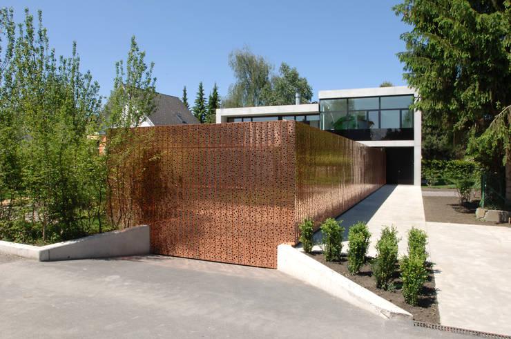Einfamilienhaus in Lustenau / Österreich:  Häuser von Früh Architekturbüro ZT  GmbH
