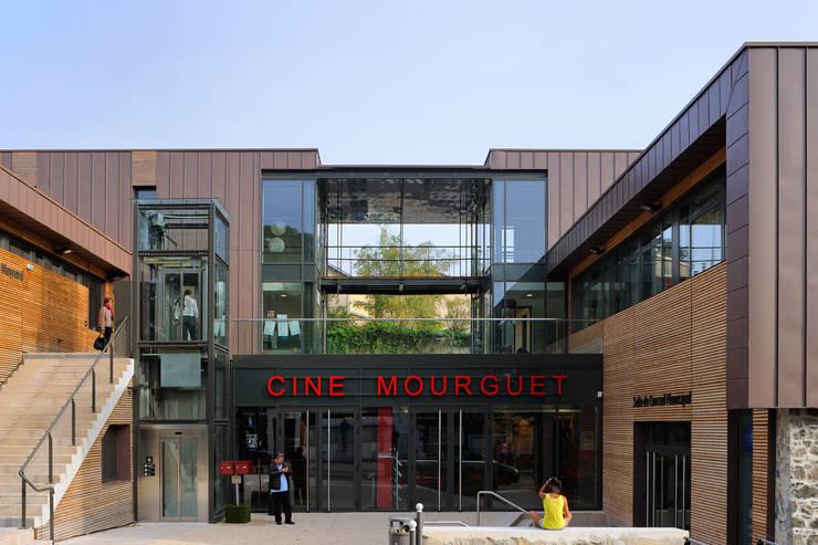 """""""Le Méridien"""" à Sainte-Foy-les-Lyon : entrée: Centre d'expositions de style  par stephanie.zawada"""