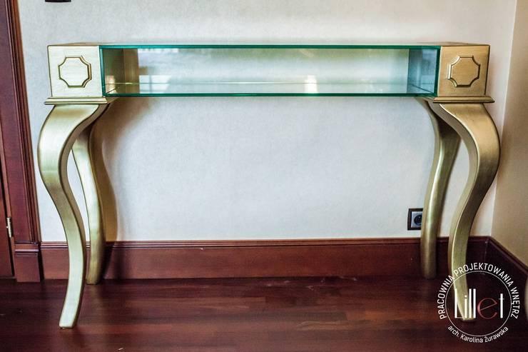 Toaletka z tafłą szkła: styl , w kategorii Sypialnia zaprojektowany przez ATELIER LILLET Karolina Lewandowska