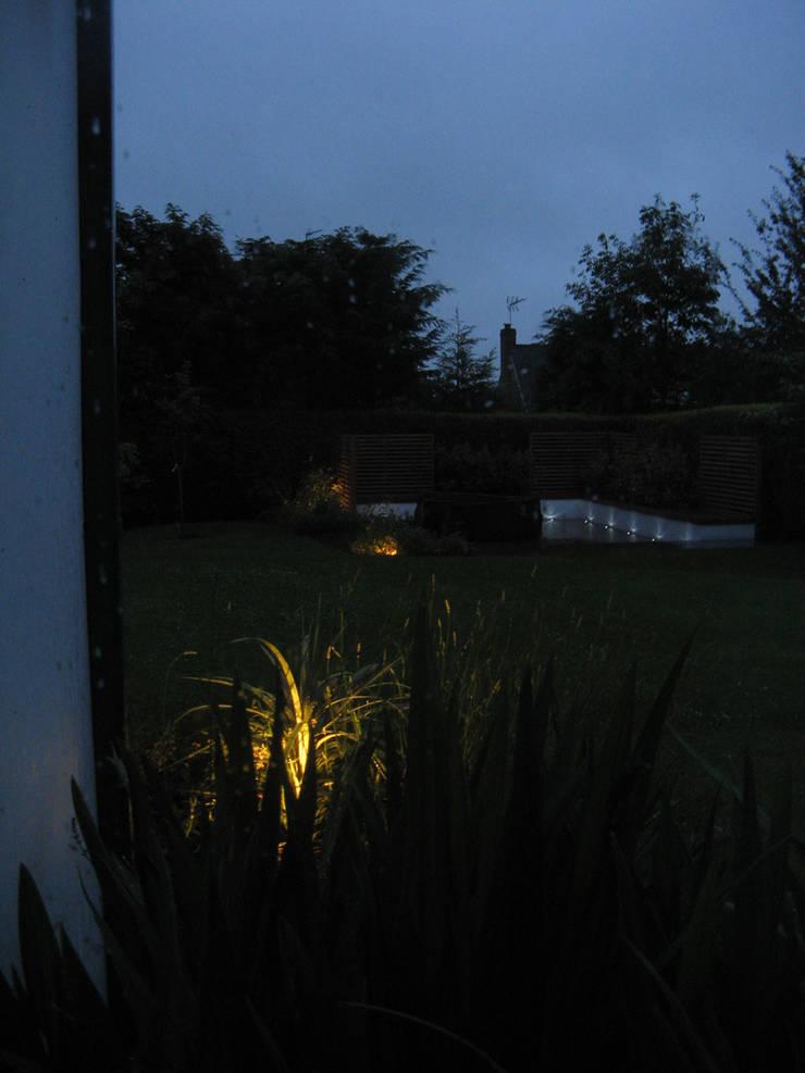 IJLA – Contemporary Garden 모던스타일 정원 by IJLA 모던