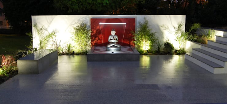 The Buddha Garden:  Garden by Robert Hughes Garden Design