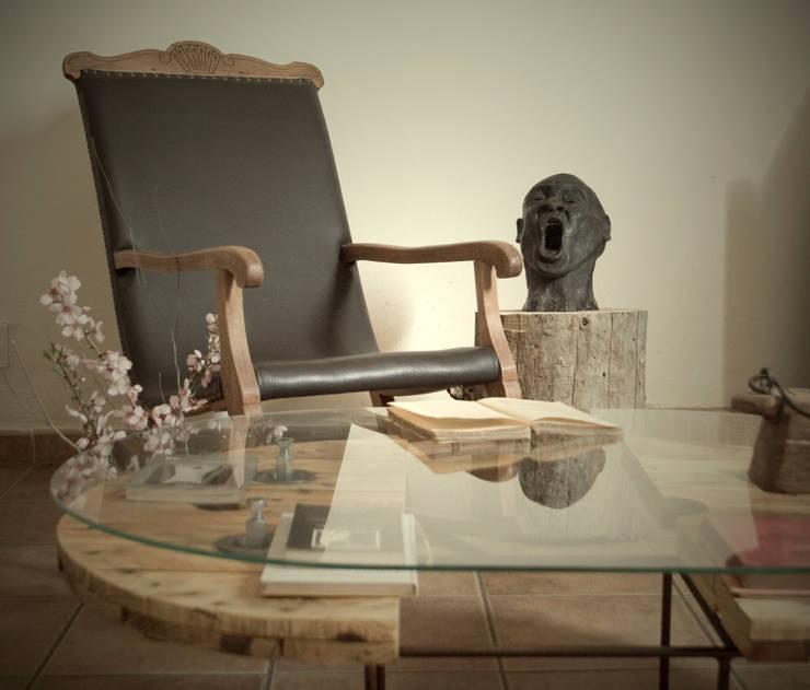 Sala de jantar  por Iron and wood