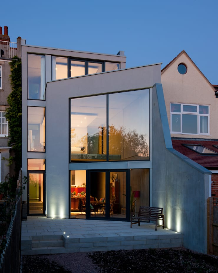 Hill Top House:  Houses by Adrian James Architects