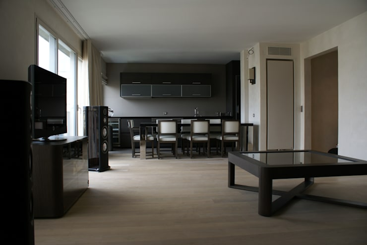 Appartement Paris XV: Cuisine de style  par Atelier TO-AU