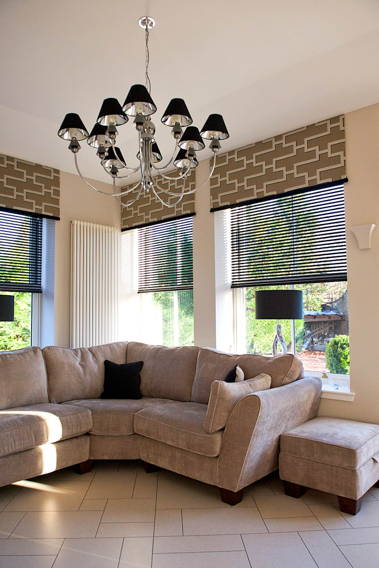 Ramsden House, Peterculter, Aberdeen:  Living room by Roundhouse Architecture Ltd