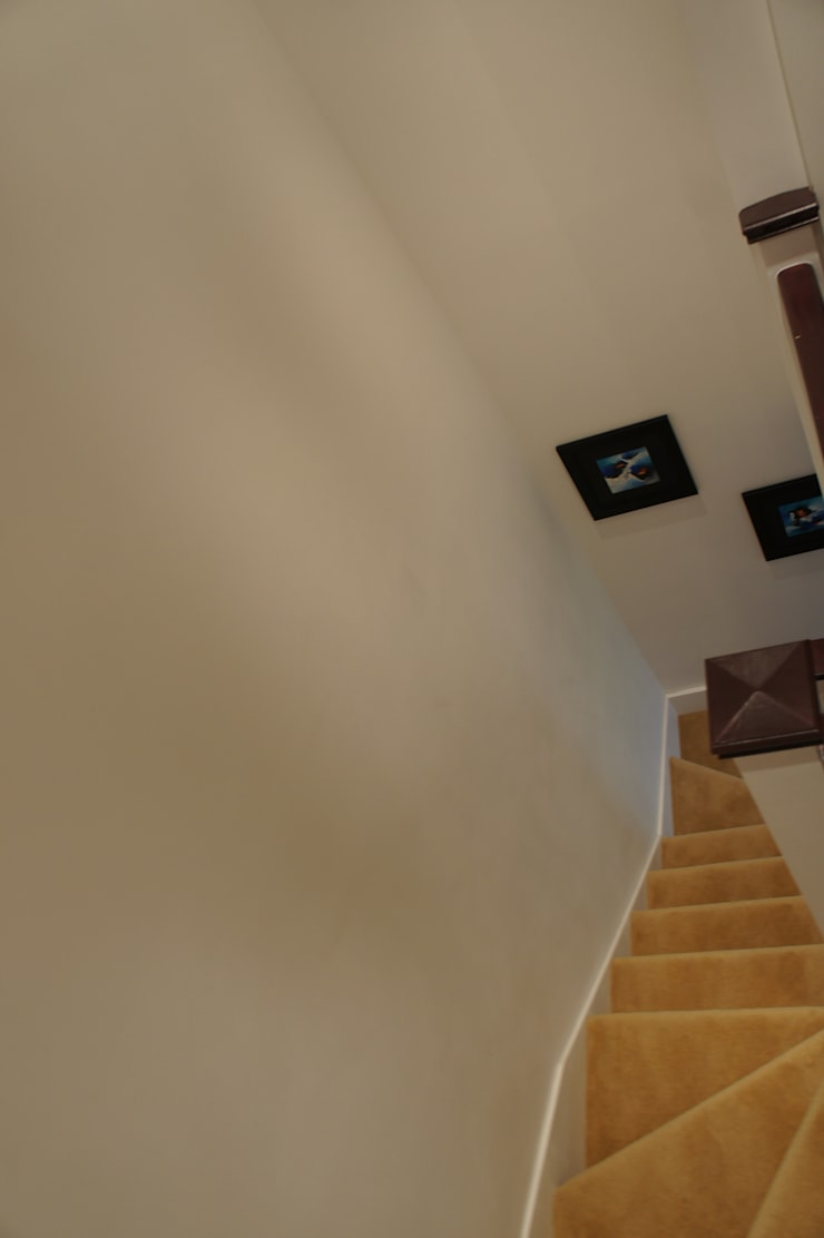 Loft Conversion in Thames Village, Chiswick, London:   by City Lofts London