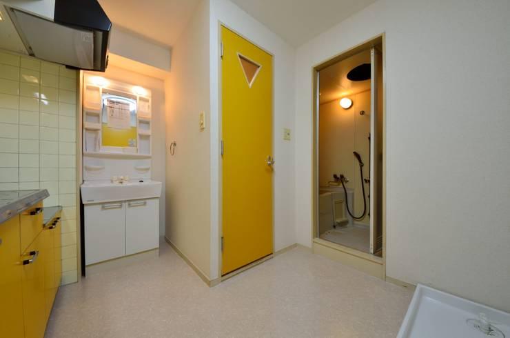 元浅草の住居: 蘆田暢人建築設計事務所 Ashida Architect & Associatesが手掛けたです。
