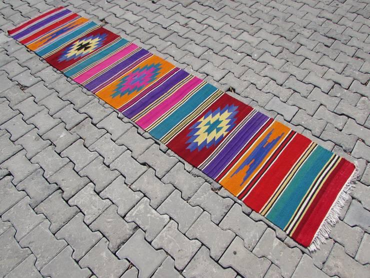 zafercarpet – Kilimlerimiz: modern tarz Duvar & Zemin
