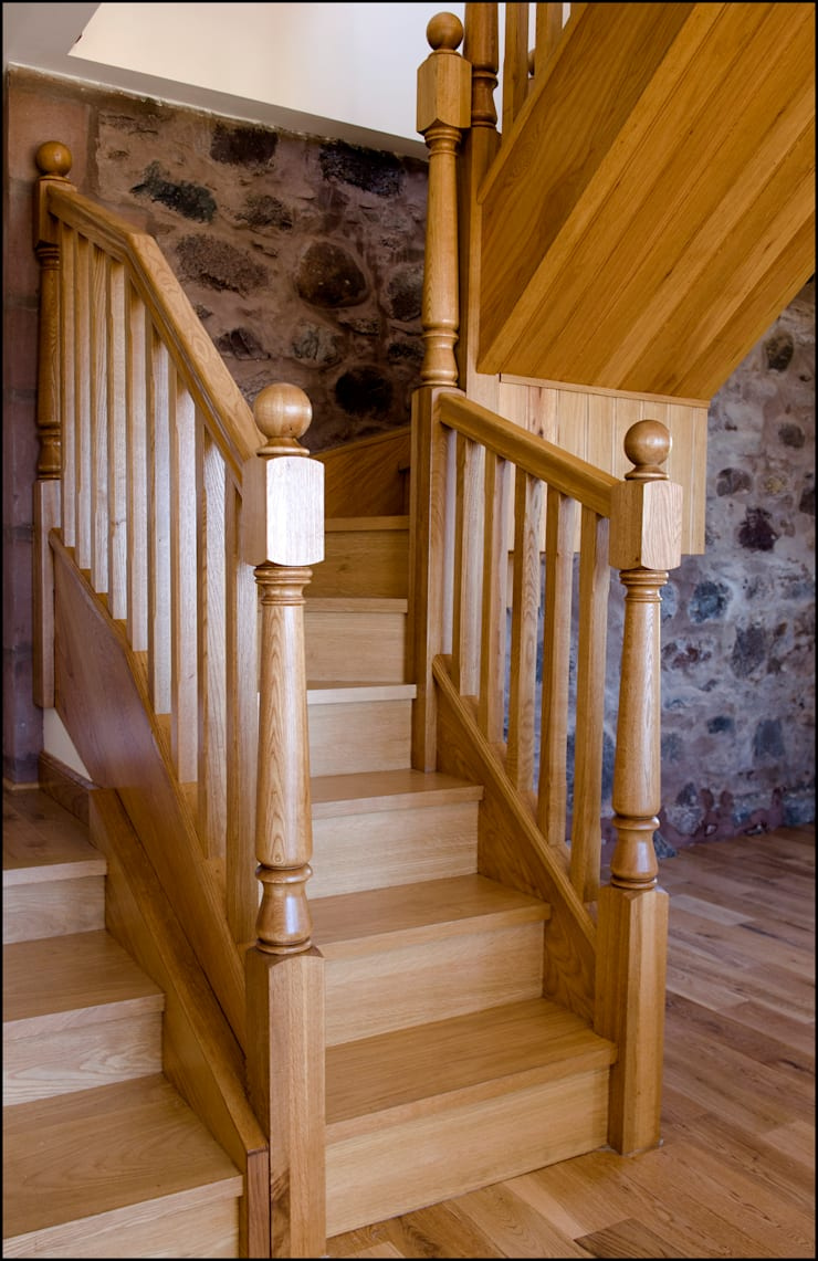 The Stables, Gourdon, Aberdeenshire:  Corridor, hallway & stairs by Roundhouse Architecture Ltd