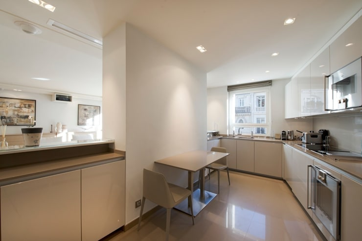 Kitchen by Atelier TO-AU