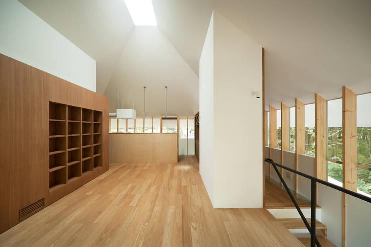 Столовые комнаты в . Автор – AIDAHO Inc., Эклектичный