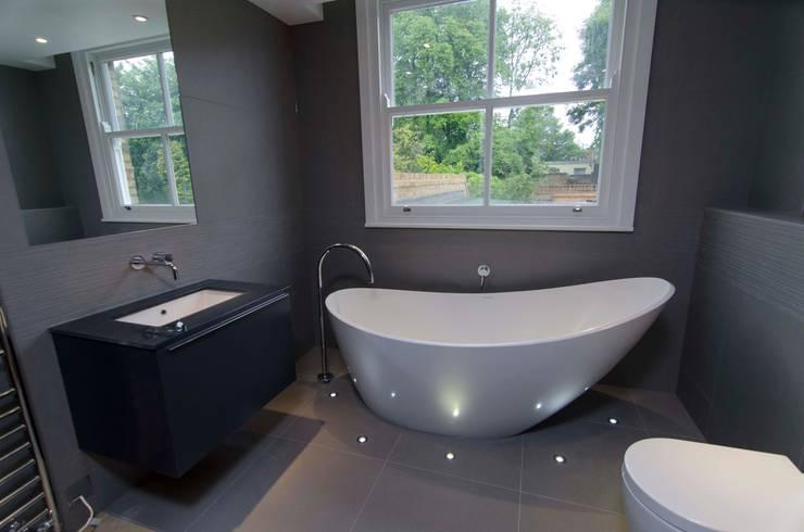 Hampstead development:  Bathroom by London Refurbishments