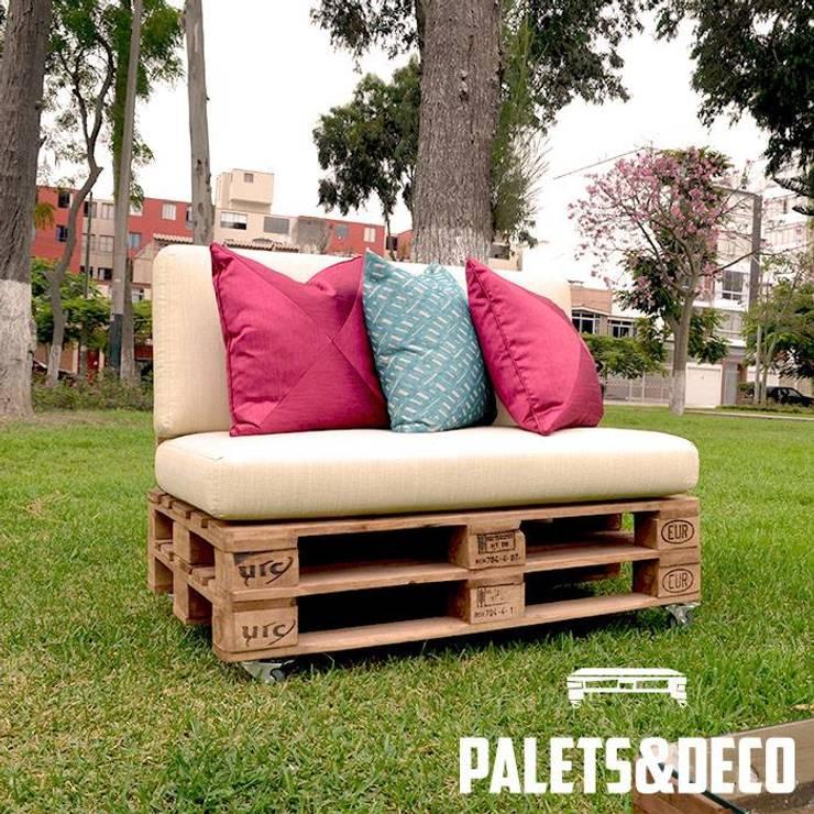 Jardines de estilo  por Palets&Deco