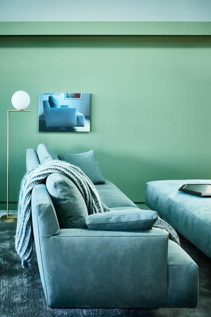 LINTELOO at IMM Cologne 2015:  Living room by LINTELOO